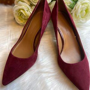 Banana Republic suede heels. Size 8
